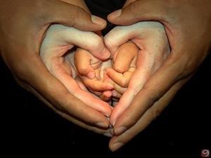 Hands-spirituality-and-religion-16797009-500-376